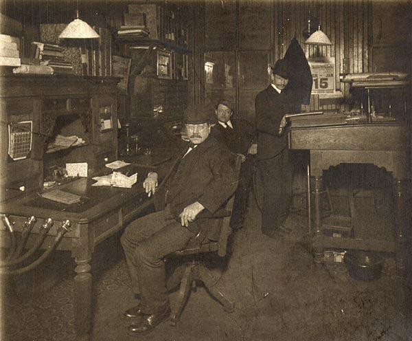 office_1903